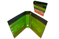 Classeur personnalisé sur carton rembordé avec anneaux D et oeillet de préhension